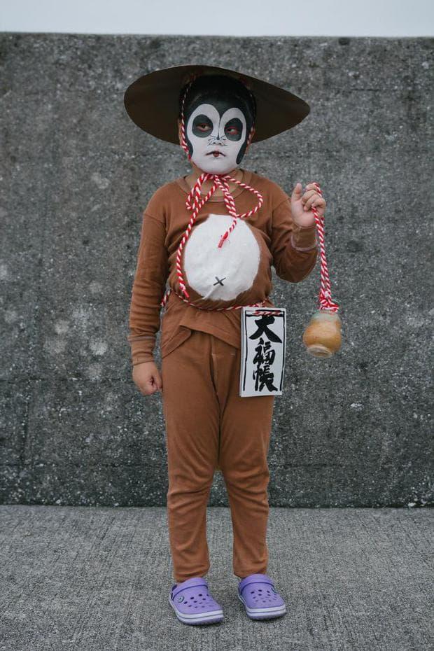 Дете на японския фестивал Обон