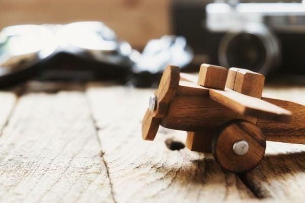 Детска дървена играчка