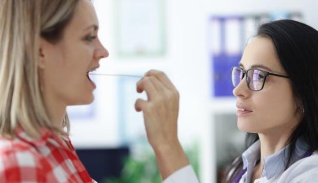 Диагностициране на възел на гласните връзки