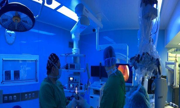 Доктор Хаджиянев в операция на хипофизен аденом
