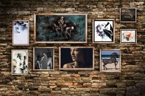 Стена със снимки