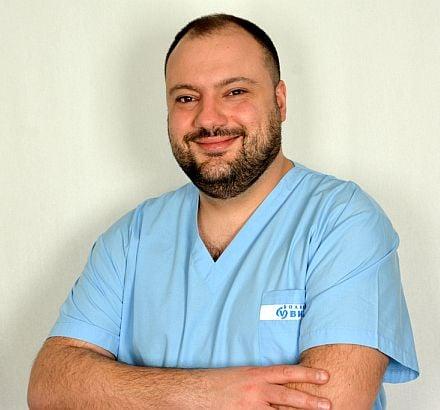 д-р Сиромахов от МБАЛ ВИТА