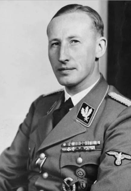 Райнхард Хайнрих