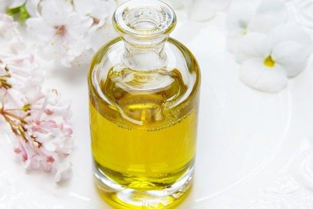Есенциално масло