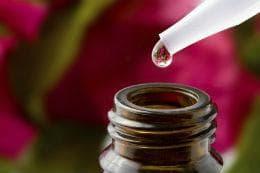 етерично масло кръвен здравец