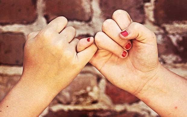 малки пръсти