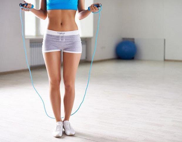 Фитнес у дома - Въже за скачане