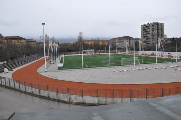 futbolno-igrishte-4-km
