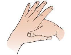 притискане на мястото между палеца и показалеца