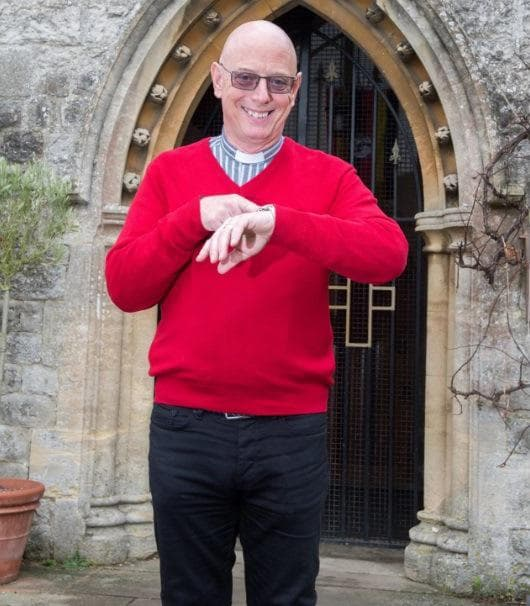 Църква в Англия налага глоби на младоженци, които закъсняват за сватбата си