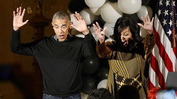 Мишел и Барак Обама танцуват