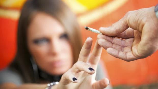 употреба на канабиноиди при младежи