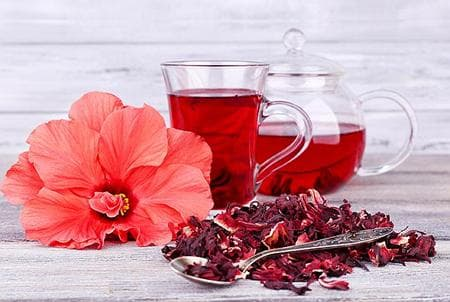 Хибискус цвят и чай
