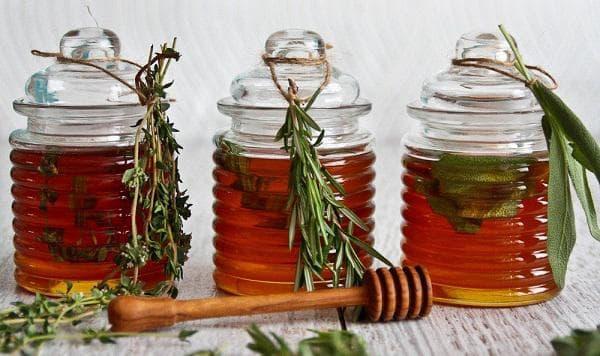 Билки и мед