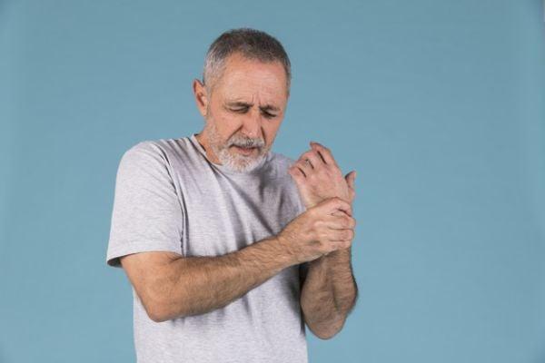 Хранене при остър ревматоиден артрит.