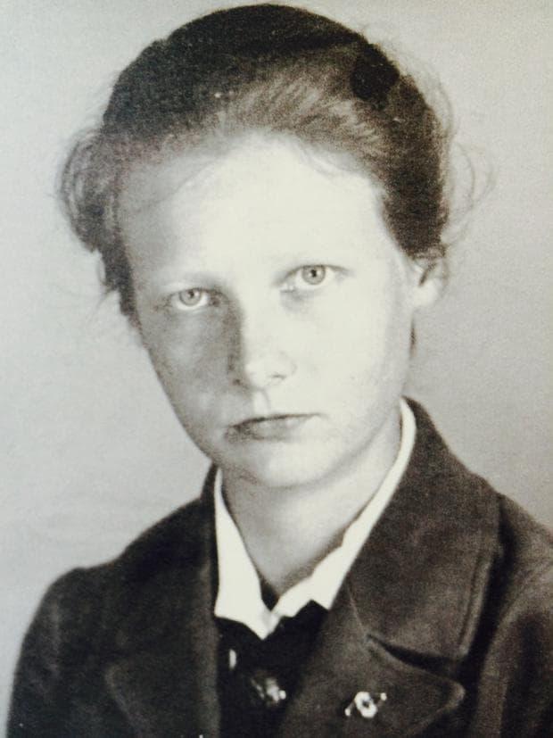 Херга Оберхойзер на млади години