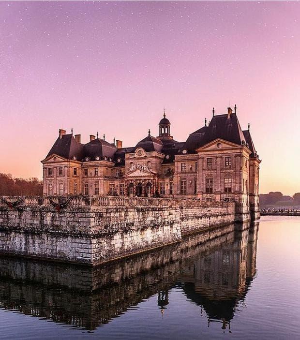 приказни замъци