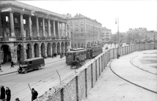 Стената на Варшавското гето