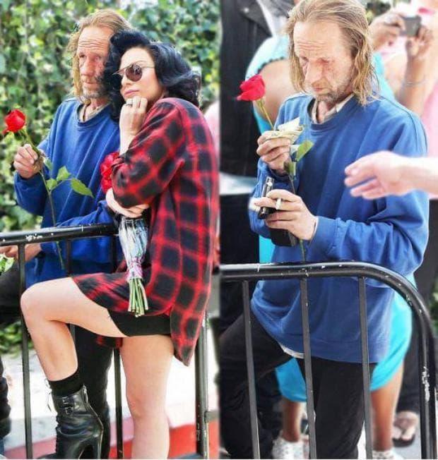 лейди Гага с бездомник
