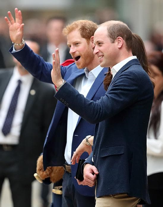 принц Уилям и Хари