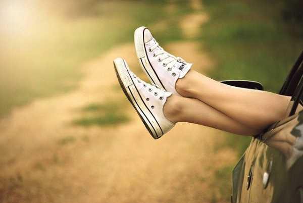 Жени с мъжки обувки