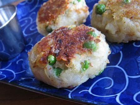 картофени кюфтета с грах и нахут