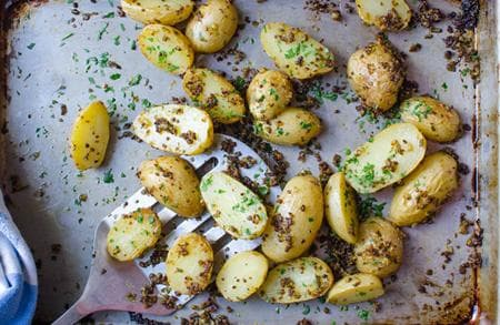 картофи с розмарин и чесън
