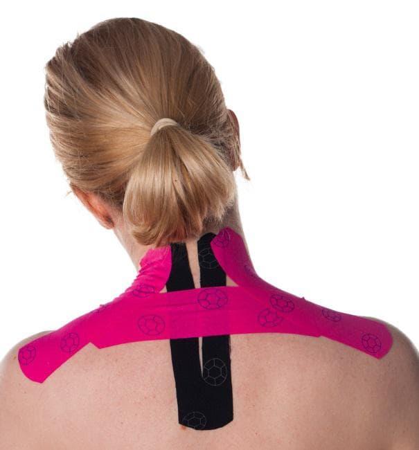 Залепяне на кинезио лента при болка в гърба и врата