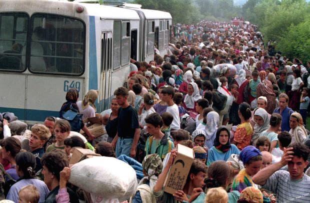 Бежанци в Сребреница