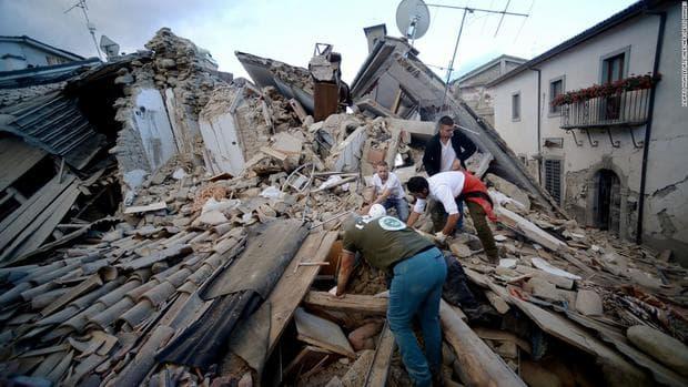 Разрушения след земетресение в Италия
