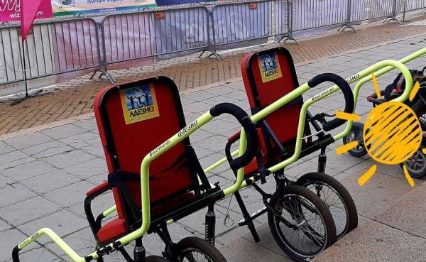 количките, с които децата с увреждания могат да се разходят в планината