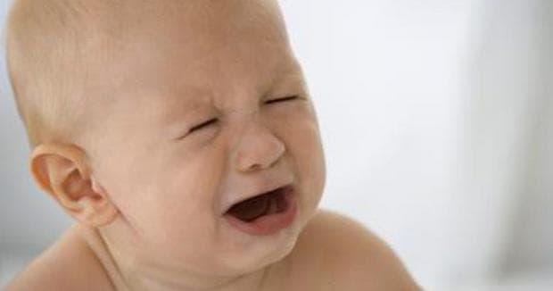 Колики при бебе