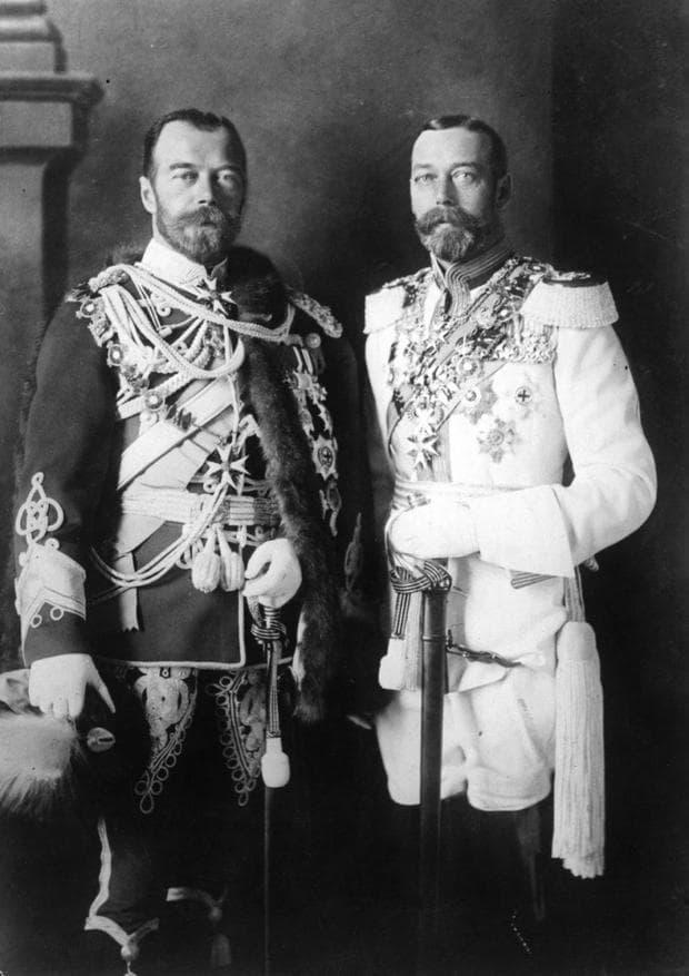 Руският цар Николай II и крал Джордж V