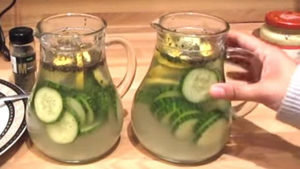 Кана с вода, джинджифил и краставици