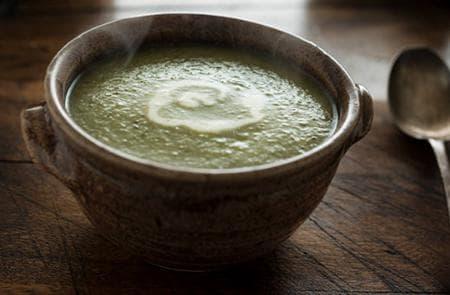 спаначена супа с коприва