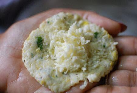 кюфтета от сирене с царевица