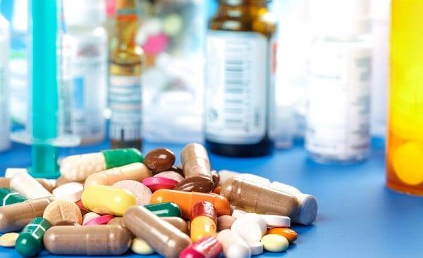 Лекарства, използвани при болест на Бехчет