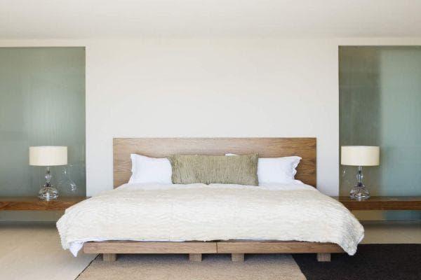 комфортно легло и осветление в стая за гости