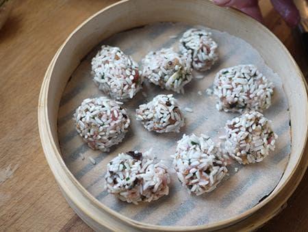лионски кюфтета с кайма и ориз