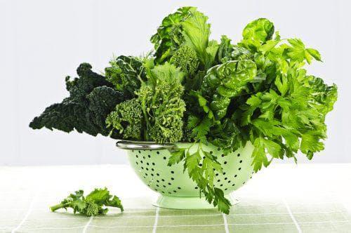Тъмнозелени листни зеленчуци