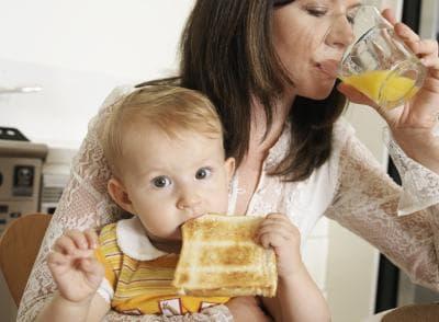 Майка и дете закуска