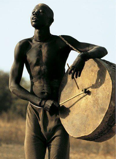 Мъж от нилотско племе