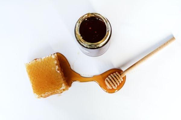 Полезни свойства на мановия мед.