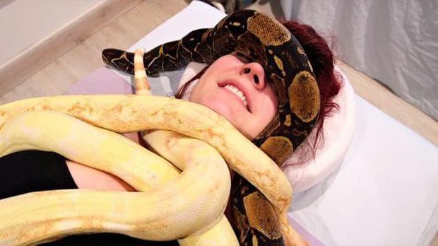 масаж със змии