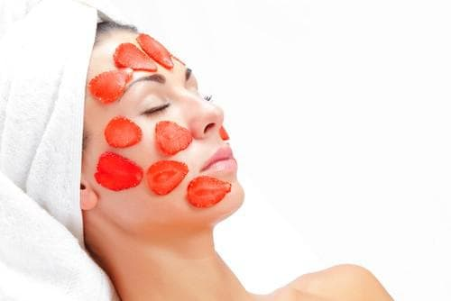 маска за лице с ягода