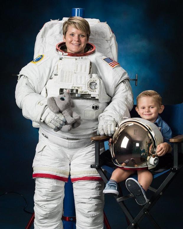 Ан и синът й