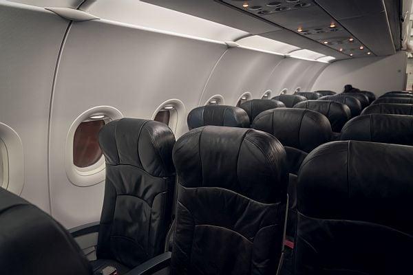 места в самолета