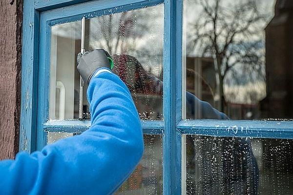 Миене на прозорци
