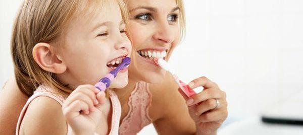Миене на зъбите при деца