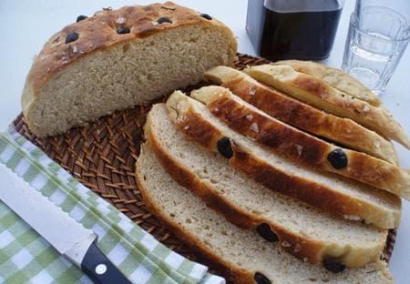 млечен хляб с маслини и розмарин